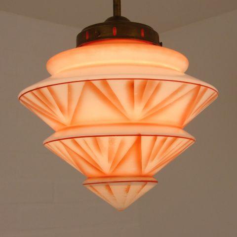 Zeer bijzondere Art Deco hal lamp.