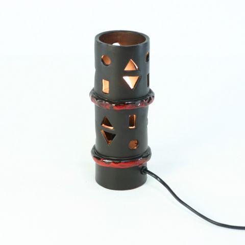Space Age design Tafellamp van Fat Lava keramiek.