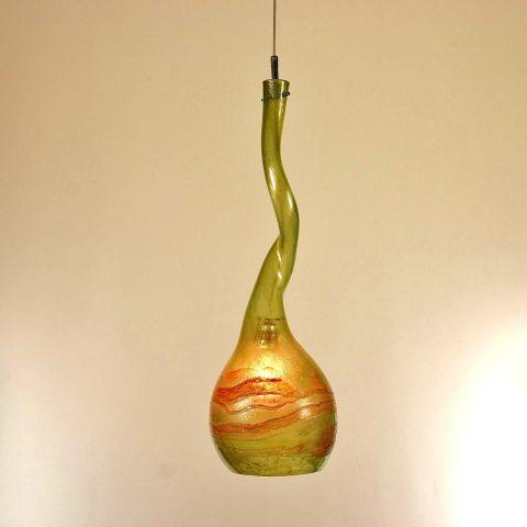 Twisted four mondgeblazen hanglamp van gerecycled glas. Glaskelk 69cm hoog