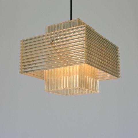 Zeer bijzondere perspex hanglamp