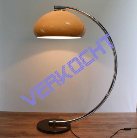 Vloerlamp met chromen boogarm en perspex kap in de stijl van Elio Martinelli