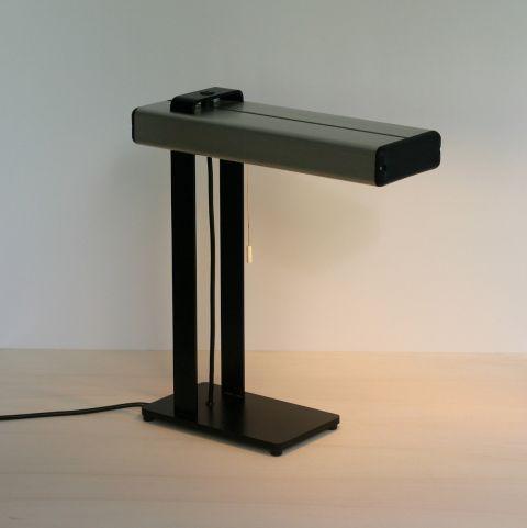 Industriële tafel/bureaulamp Zweeds design van Jan Ake Hállen.
